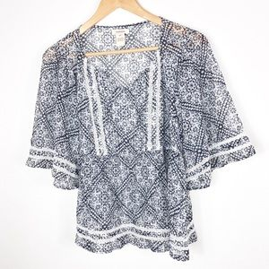 SUNDANCE BOHO PEASANT WHITE & BLUE BOHEMIAN TOP